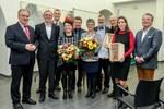 Bfw- Geschäftsführer und Jurymitglied Frank Memmler (r.) gemeinsam mit Schirmherr Reiner Haseloff, Laudatoren und Preisträgern